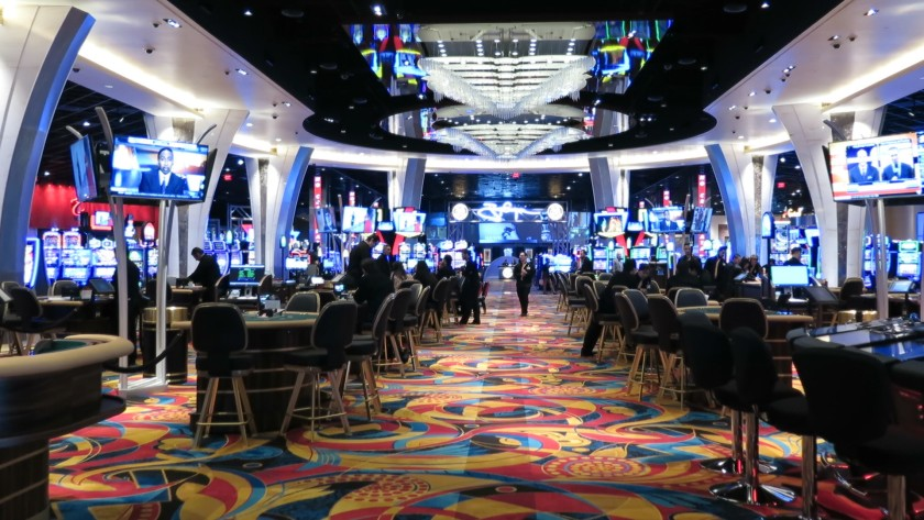 Online Casino like a professional with the assistance of those 5 Tips