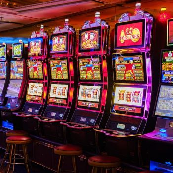 Five New Age Ways To Casino
